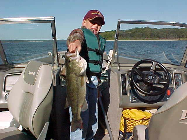 Missouri fishing report from anglers august september 2002 for Stockton lake mo fishing report